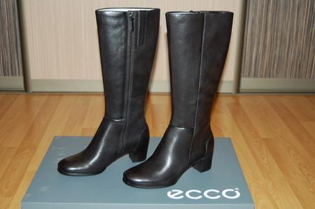 """А в качестве """"фишки"""" Ecco делают на своих моделях обтянутые кожей каблуки"""
