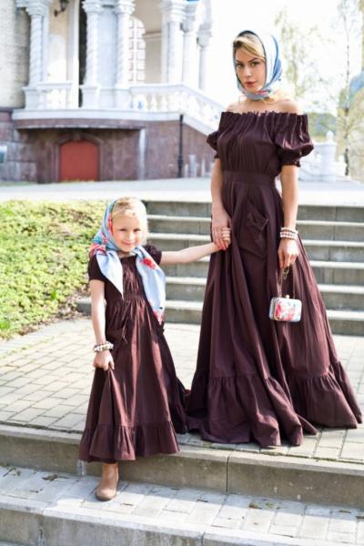 Тренд: одинаковый наряд у мамы и дочки — фото 9