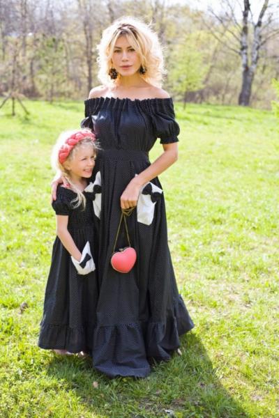 Тренд: одинаковый наряд у мамы и дочки — фото 10