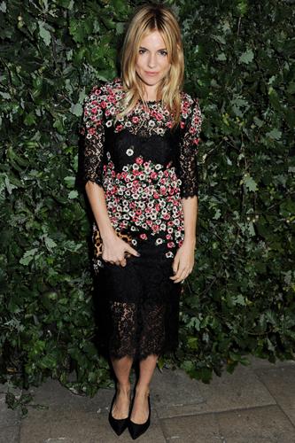 Dolce&Gabbana и их цветочные платья — фото 1
