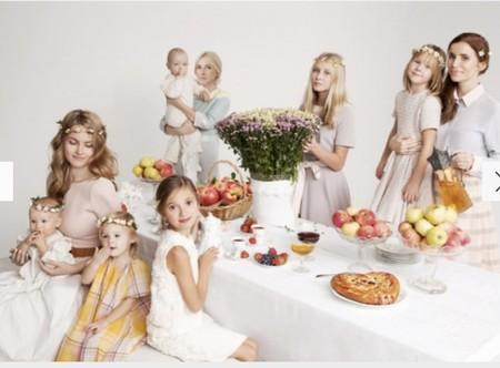 Тренд: одинаковый наряд у мамы и дочки — фото 1