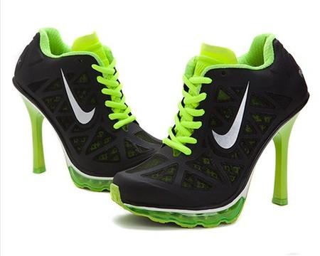 Кроссовки на каблуках. Забавно и модно — фото 1