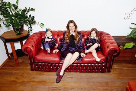 Тренд: одинаковый наряд у мамы и дочки — фото 2