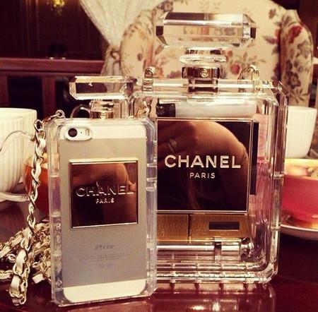 Покорившие подиумы: инновационные аксессуары от Chanel 2014 — фото 1