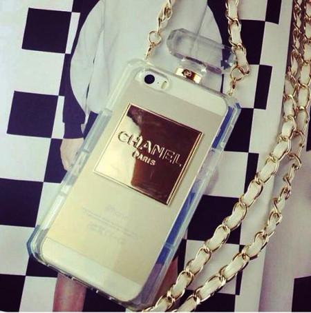 Покорившие подиумы: инновационные аксессуары от Chanel 2014 — фото 4
