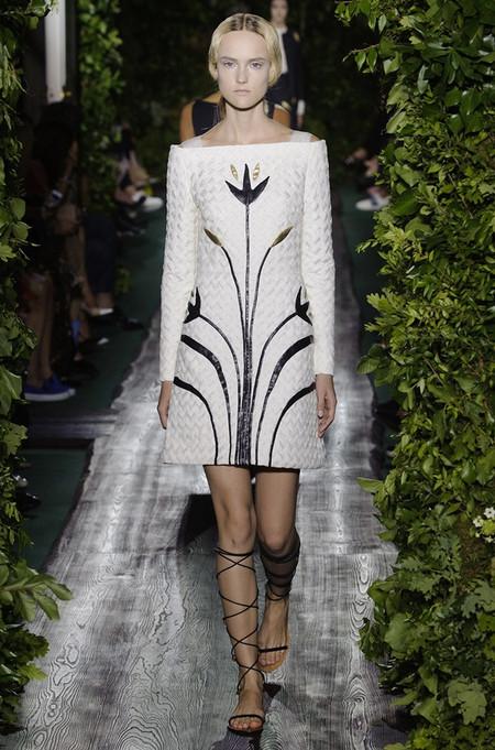 Неординарные коллекции Haute Couture осень-зима 2014-2015 на неделе высокой моды в Париже — фото 14