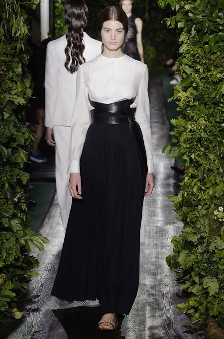 Неординарные коллекции Haute Couture осень-зима 2014-2015 на неделе высокой моды в Париже — фото 29
