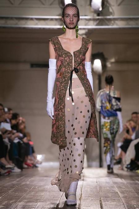 Неординарные коллекции Haute Couture осень-зима 2014-2015 на неделе высокой моды в Париже — фото 46