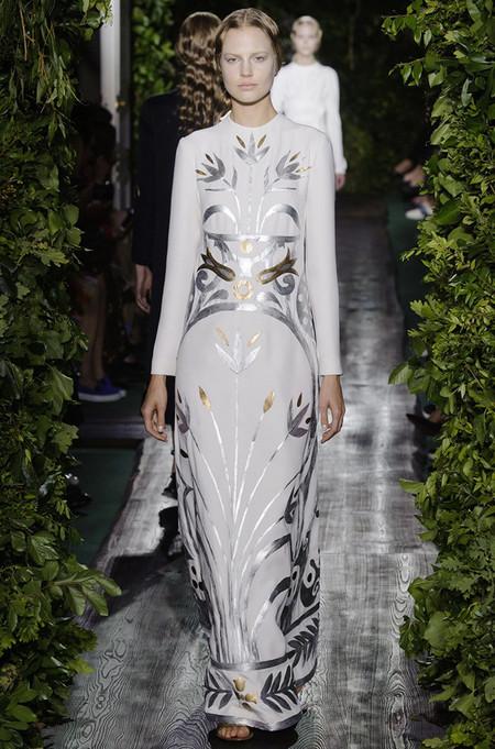 Неординарные коллекции Haute Couture осень-зима 2014-2015 на неделе высокой моды в Париже — фото 18