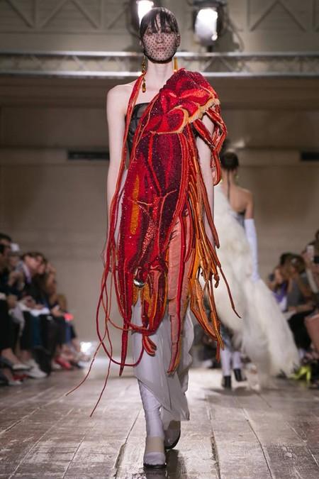 Неординарные коллекции Haute Couture осень-зима 2014-2015 на неделе высокой моды в Париже — фото 44