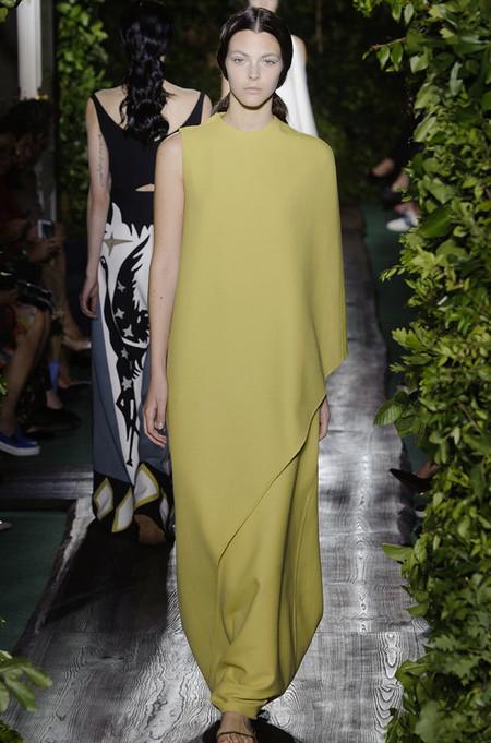 Неординарные коллекции Haute Couture осень-зима 2014-2015 на неделе высокой моды в Париже — фото 24