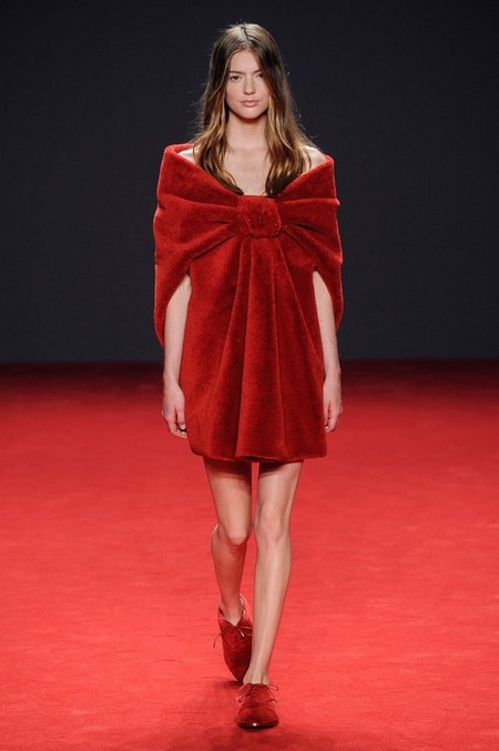 Неординарные коллекции Haute Couture осень-зима 2014-2015 на неделе высокой моды в Париже — фото 53