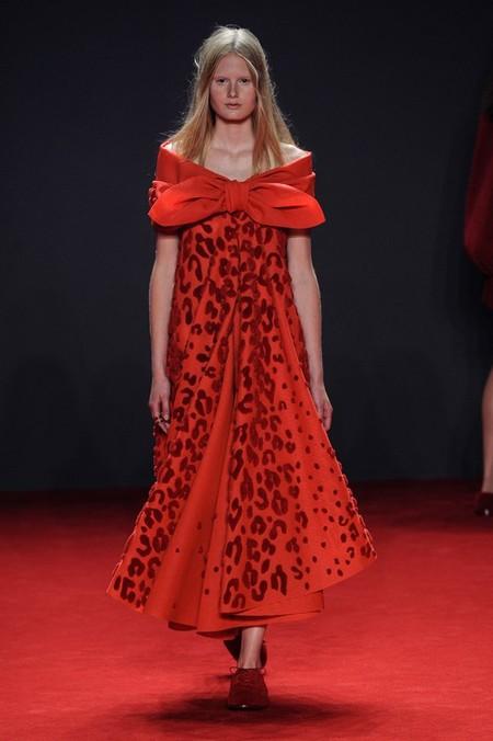 Неординарные коллекции Haute Couture осень-зима 2014-2015 на неделе высокой моды в Париже — фото 58