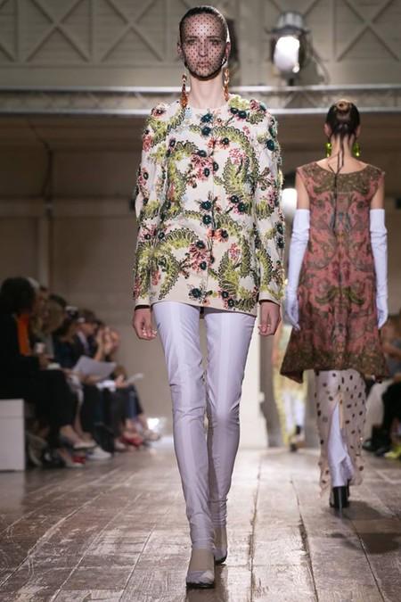 Неординарные коллекции Haute Couture осень-зима 2014-2015 на неделе высокой моды в Париже — фото 45
