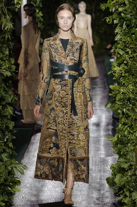 Неординарные коллекции Haute Couture осень-зима 2014-2015 на неделе высокой моды в Париже — фото 33