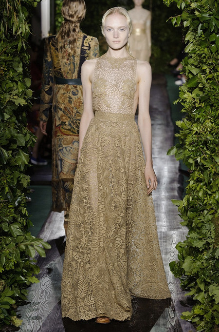 Неординарные коллекции Haute Couture осень-зима 2014-2015 на неделе высокой моды в Париже — фото 34