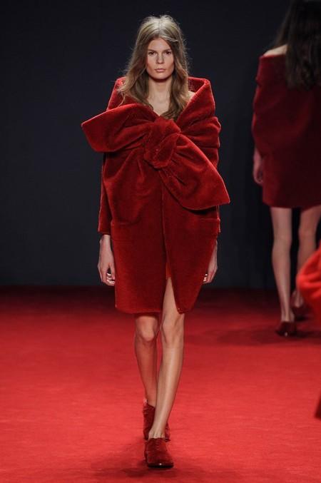 Неординарные коллекции Haute Couture осень-зима 2014-2015 на неделе высокой моды в Париже — фото 54