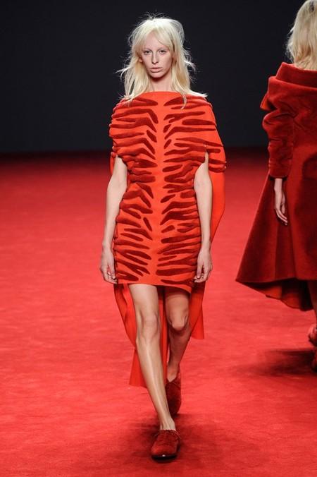 Неординарные коллекции Haute Couture осень-зима 2014-2015 на неделе высокой моды в Париже — фото 60