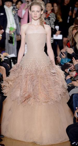 Актуальные вечерние платья для лета 2014 — фото 2