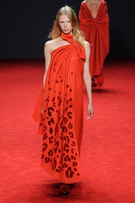 Неординарные коллекции Haute Couture осень-зима 2014-2015 на неделе высокой моды в Париже — фото 57