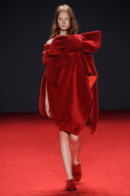 Неординарные коллекции Haute Couture осень-зима 2014-2015 на неделе высокой моды в Париже — фото 52