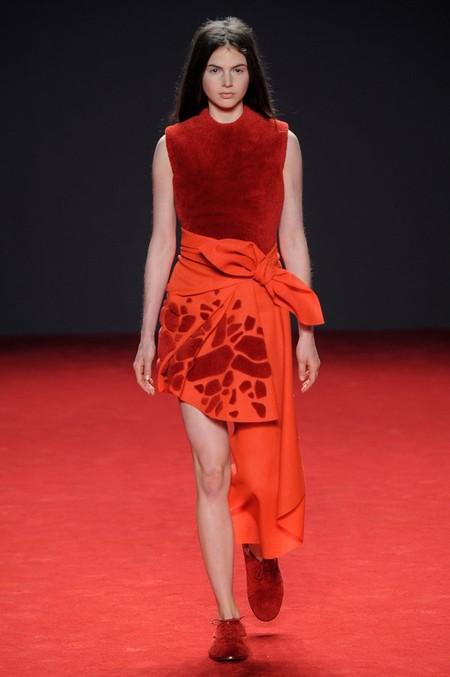 Неординарные коллекции Haute Couture осень-зима 2014-2015 на неделе высокой моды в Париже — фото 55