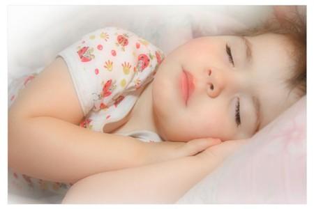Как помочь малышу крепко заснуть — фото 1