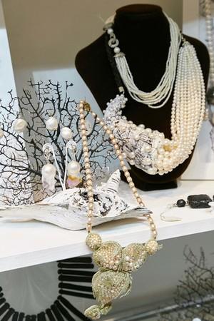 В сентябре на выставке-продаже «Бижутерия от винтажа до наших дней» представят уникальный раритет – колье императрицы Екатерины Великой, подаренное ею княжне Екатерине Чавчавадзе — фото 5