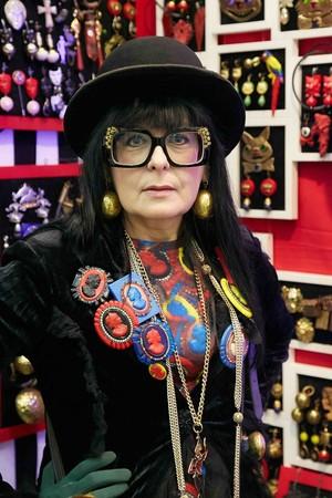 В сентябре на выставке-продаже «Бижутерия от винтажа до наших дней» представят уникальный раритет – колье императрицы Екатерины Великой, подаренное ею княжне Екатерине Чавчавадзе — фото 13
