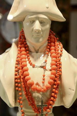 В сентябре на выставке-продаже «Бижутерия от винтажа до наших дней» представят уникальный раритет – колье императрицы Екатерины Великой, подаренное ею княжне Екатерине Чавчавадзе — фото 10