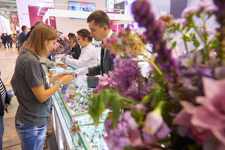 18 Международная выставка часовых и ювелирных брендов «JUNWEXНовый Русский Стиль» откроется на ВДНХ 22 мая — фото 7