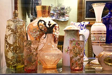 48-й сезон художественного проекта «Блошиный рынок» на Тишинке. Спецпроект «Балет в артефактах» — фото 1