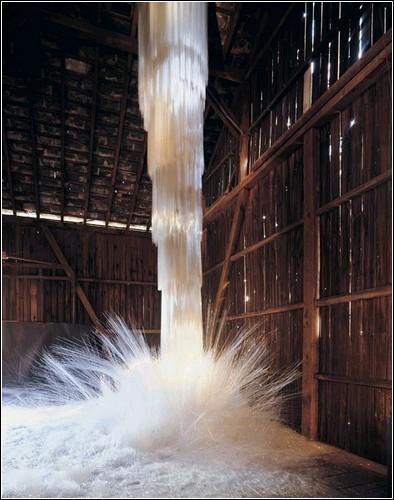 Стеклянные водопады Стива Тобина