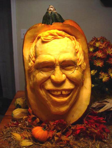 Современный символ Хэллоуина в лицах скульптур Рэя Виллафэйна — фото 12