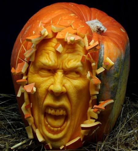 Современный символ Хэллоуина в лицах скульптур Рэя Виллафэйна — фото 4