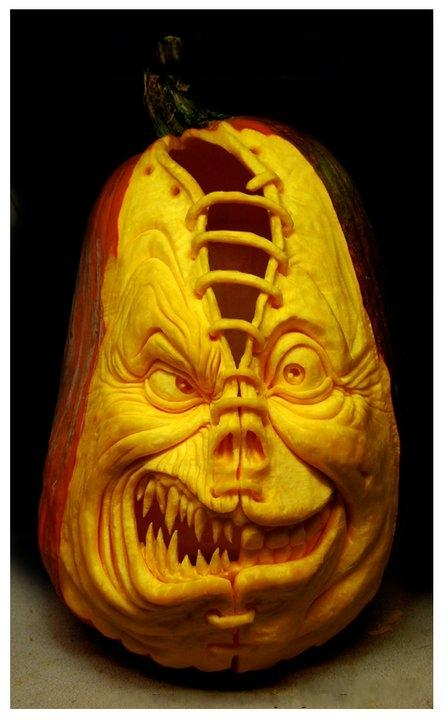Современный символ Хэллоуина в лицах скульптур Рэя Виллафэйна — фото 7