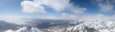 Панорама истока Белого Иркута.