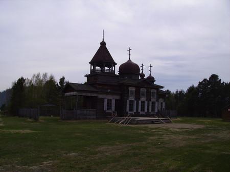 Восстановление старой церкви.
