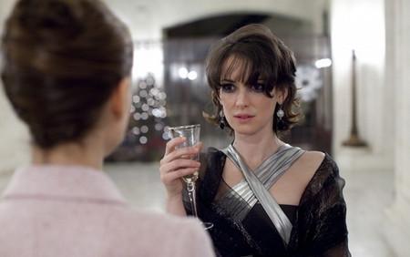 … Вайнона Райдер… эпизодически… но и взглядом, и жестом целостно..
