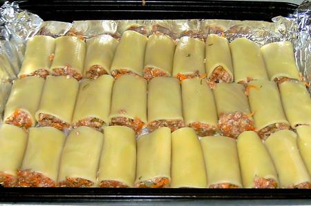 Фаршированные каннеллони, запеченные с сыром — фото 9
