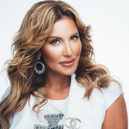 Певица Кристина выступила в курортном Каспийске — фото 1