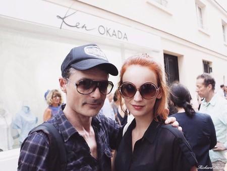 Голливудский актер Чарли Шин был замечен в Париже с российской моделью Агатой Максимовой — фото 1