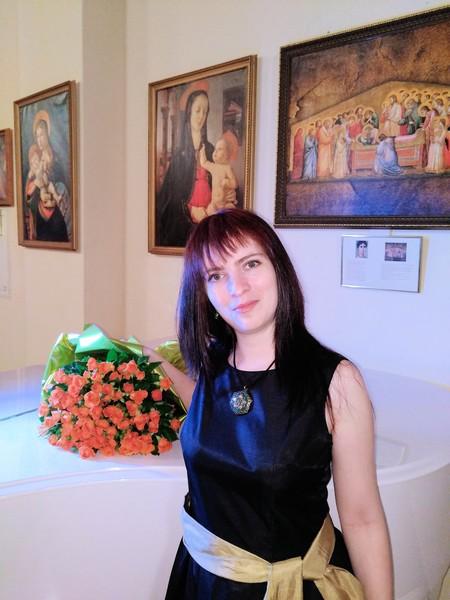 Юлия Новожилова: «Песня «Зеленоглазка» выпускается во многих музыкальных сборниках, но не под моим именем» — фото 1