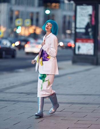 Лиза Анохина на обложке журнала «ELLE Girl» — фото 1