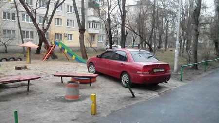 Авто против детсада в Краснодаре — фото 1