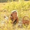 Eva Mayer Представила Новый Поэтический Альбом «ME»