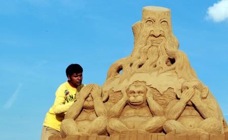 Фантастические существа, родившиеся из песка