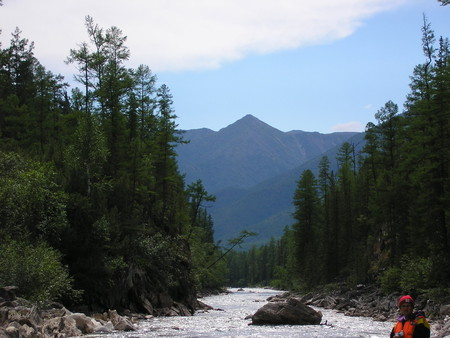На катамаранах по реке Тыя с выходом в озеро Байкал — фото 1