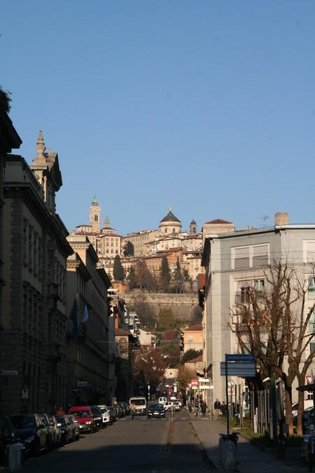 Вид с нижнего города на верхний