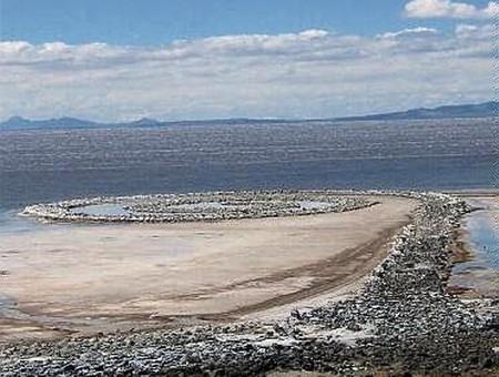 Земляные скульптуры Роберта Смитсона — фото 3